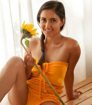 Read more about the article Tulsi, Housewife Escorts in Indira Nagar, Lucknow