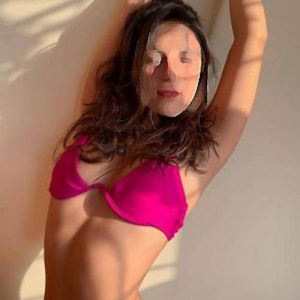 Read more about the article Gita, Housewife Escorts in Jhajjar Road, Gurgaon